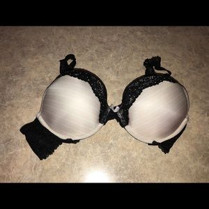 Victoria's Secret Intimates & Sleepwear - VICTORIAS SECRET BRA SIZE 34C